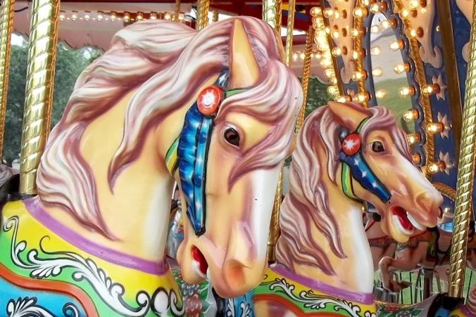 carousel duo